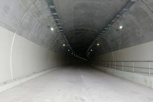 Hầm đôi Mũi Trâu 1.500 tỷ đồng trên cao tốc La Sơn – Túy Loan hiện đại đến mức nào?