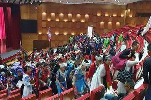 Xử lý thế nào 600 người Trung Quốc hoạt động văn hóa 'chui' ở Quảng Ninh?