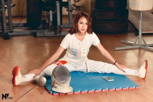 Nữ VĐV giành huy chương bạc cho Việt Nam xinh như hoa hậu