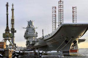Tàu sân bay Đô đốc Kuznetsov của Nga bốc cháy: 3 người bị thương