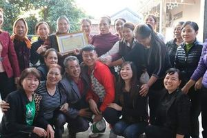 Hải Phòng: Dân làng làm cỗ đón thủ môn Văn Toản trở về
