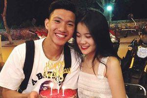 Bạn gái Văn Hậu gây ấn tượng với phong cách thời trang sành điệu hết nấc