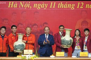 Bóng đá Việt làm gì để hướng tới mục tiêu World Cup?