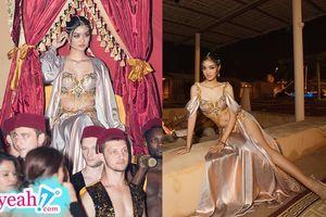 Á hậu Kiều Loan hóa thành thiếu nữ Ả Rập trong trang phục cắt xẻ táo bạo 'đốt mắt' khán giả Dubai