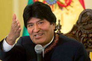 Cựu Tổng thống Bolivia tới Argentina xin tị nạn