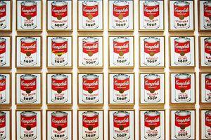 Người mua quả chuối dán tường giá gần 3 tỷ đồng nói gì?