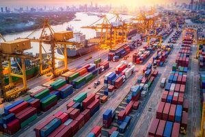 Tổng kim ngạch xuất nhập khẩu của Việt Nam sắp vượt mốc 500 tỷ USD
