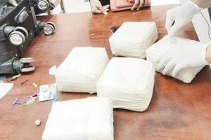 'Nóng' buôn bán, vận chuyển trái phép ma túy qua cửa khẩu biên giới Tây Ninh