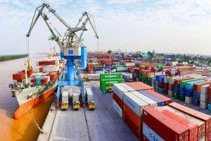 Nhập siêu của Việt Nam với Trung Quốc được nới rộng thành hơn 31 tỉ USD