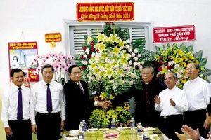 Đồng chí Trần Thanh Mẫn thăm,chúc mừng Giáng sinh tại Tòa Giám mục Cần Thơ