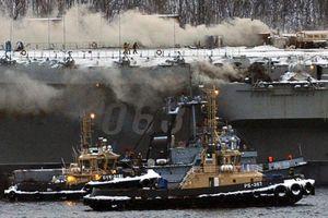 Cháy tàu sân bay của Nga, 2 người thiệt mạng