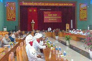 Bình Thuận: Gặp mặt chức sắc, nhà tu hành, chức việc các tôn giáo năm 2019