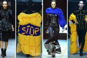 Sinh viên thiết kế thời trang phản ánh giao thông, môi trường