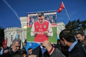 Trận Arsenal vs Man City chính thức bị cấm chiếu tại Trung Quốc
