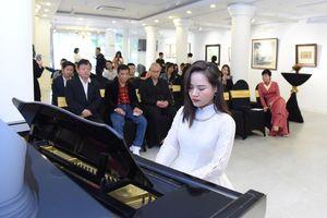 Tiến sĩ Cello đầu tiên của Việt Nam nối dài chương trình hòa nhạc thường niên
