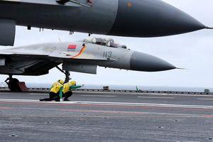 Trung Quốc gấp rút huấn luyện sĩ quan chỉ huy cho tàu sân bay mới