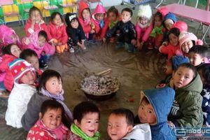 Xem thầy cô giáo chống rét cho học sinh ở Đồng Văn