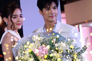Cựu Hoa hậu hoàn vũ Thái Lan 2010 Pooklook Fonthip thừa nhận bạn diễn Mike Pattaradet là người đặc biệt với mình