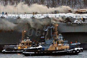 Thiệt hại từ vụ cháy tàu sân bay Kuznetsov của Nga lên tới 1,3 tỷ USD?