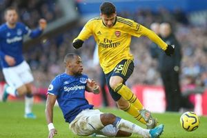 Aubameyang phung phí cơ hội Arsenal chia điểm trên sân Everton
