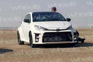 Toyota Yaris GR hoàn toàn mới lộ diện, cạnh tranh Hyundai i30 N
