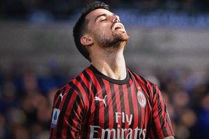 AC Milan thua 0-5 ở trận chia tay năm 2019