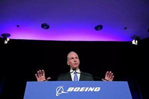 Tổng giám đốc Boeing Dennis Muilenburg từ chức
