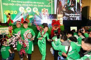 Hàng ngàn tài xế Grab tụ hội tại sự kiện họp mặt cuối năm