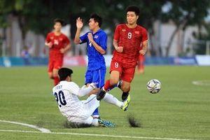 S.Kiatisak: Bóng đá Việt Nam phát triển nhanh quá
