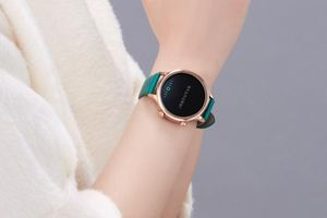 Mi Watch 'Tử Cấm Thành' ra mắt: nhiều tính năng, giá 185 USD
