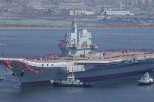 Trung Quốc cho tàu sân bay qua eo biển Đài Loan gây áp lực