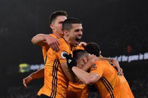 Đánh bại Man City 3-2, Wolves gần như trao danh vị vô địch cho Liverpool