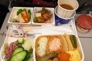21 món ăn của các hãng hàng không nổi tiếng thế giới