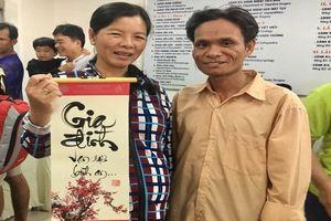 Nhiều bệnh nhân ở Chợ Rẫy gửi gắm mong ước qua thư pháp