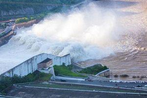 Đập Thủy điện Hòa Bình chịu được 4 quả bom nguyên tử, an toàn gần như tuyệt đối?