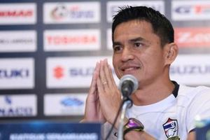 HLV Kiatisuk để ngỏ khả năng trở lại nắm đội tuyển Thái Lan