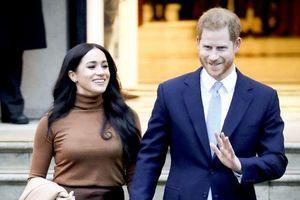 Hoàng tử Anh Harry và Công nương Meghan từ bỏ tước hiệu hoàng gia