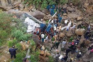 Lai Châu: Xe tải lao xuống vực, 3 người thiệt mạng