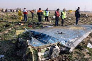 Iran thừa nhận bắn rơi máy bay chở khách khiến 176 người thiệt mạng