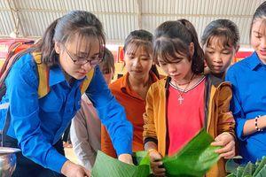 Tết sớm ở huyện biên giới Mường Khương (Lào Cai)