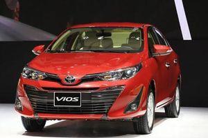 Toyota Vios soán ngôi Mitsubishi Xpander trên bảng xếp hạng ô tô ăn khách