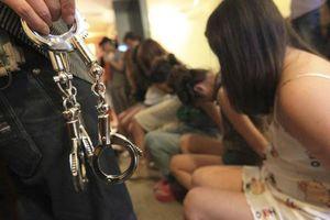 Bùng nổ nạn mại dâm 'chuyên tiếp khách Trung Quốc' ở Philippines