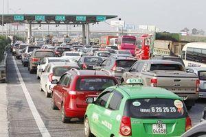 Trạm thu phí bị phạt nặng thế nào nếu để xảy ra ùn tắc?