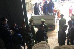 Bắt giữ gần 42 tấn thuốc lá nguyên liệu nhập lậu từ Trung Quốc về Việt Nam