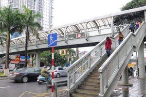 Hà Nội: Gần 18 tỷ đồng đầu tư 3 cầu vượt cho người đi bộ
