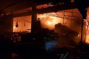Hỏa hoạn thiêu rụi 40 cửa hàng tại chợ Đề Thám, Thái Bình