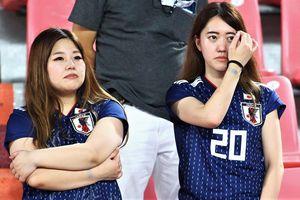 CĐV Nhật Bản buồn bã sau khi đội nhà rời U23 châu Á