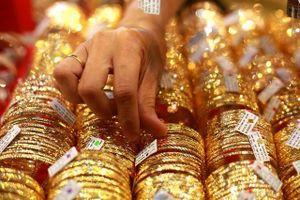 Giới đấu tư quan ngại thỏa thuận thương mại Mỹ - Trung, giá vàng tăng nhẹ