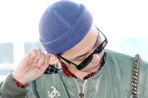 Hai biểu tượng thời trang hàng đầu Kpop thu hút ở sân bay