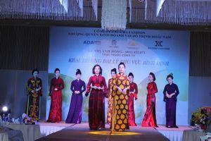 NTK Ánh Hồng và nguồn cảm hứng vô tận với áo dài Việt